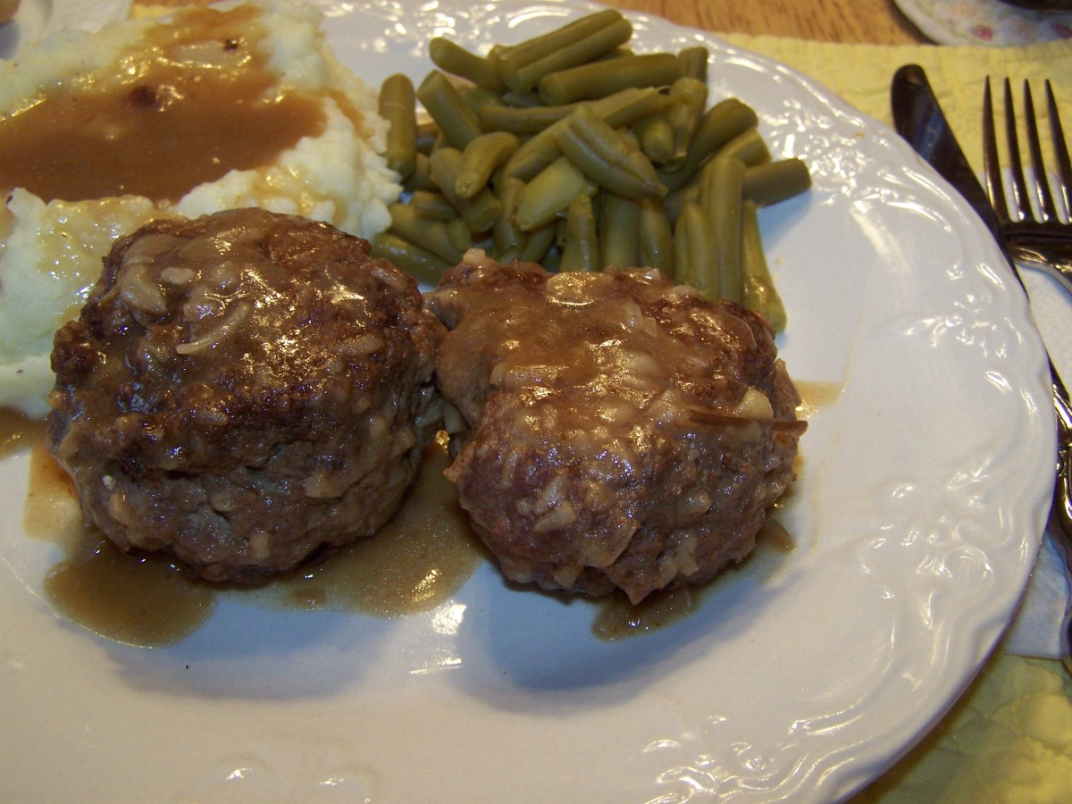Two Recipe Patties With Ground Beef. Cheap Family Main Dishes.
