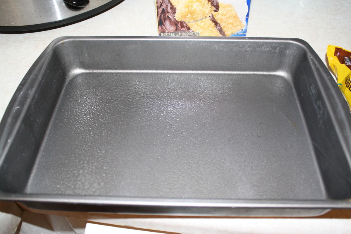 Spray 9x13 pan