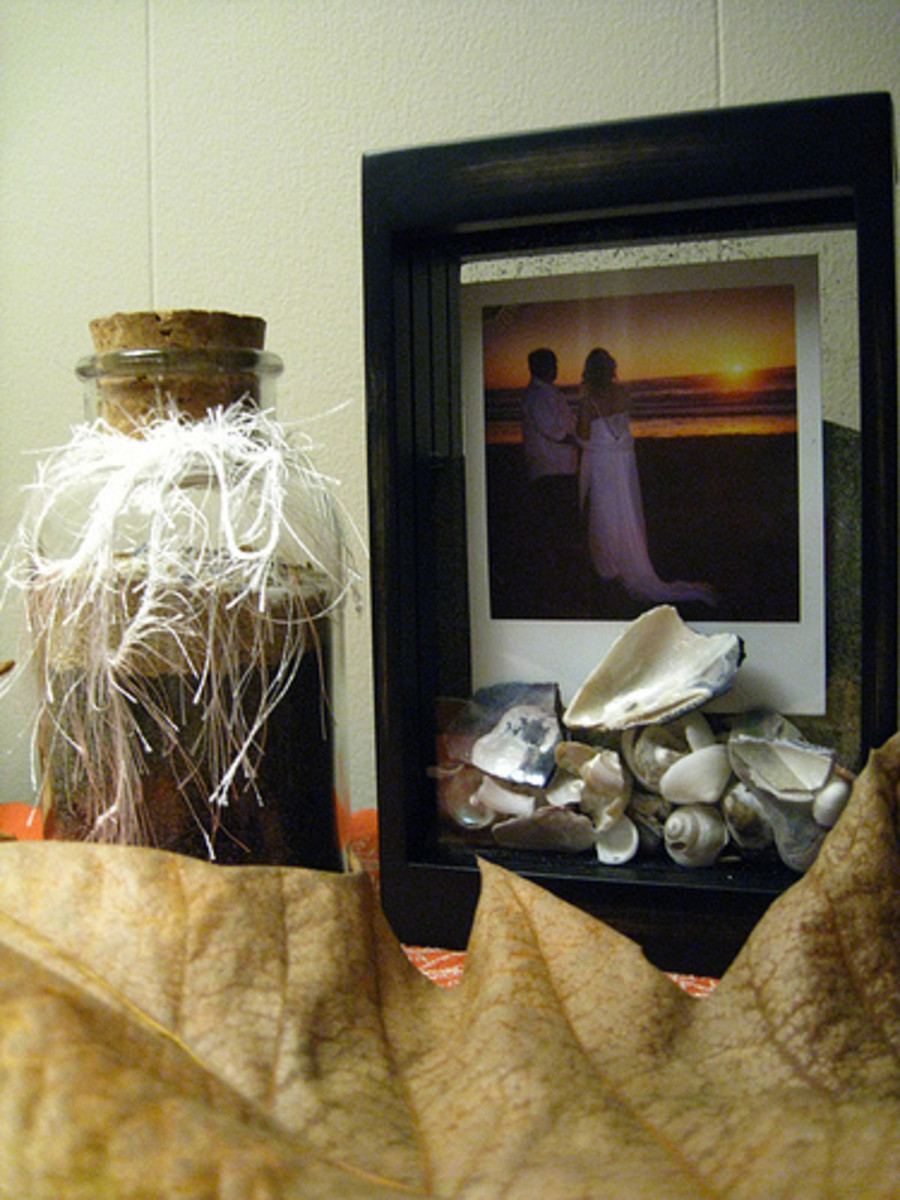Explanation of the items below. Create your own beach house vignette for a mantle, the top of a dresser or side table.