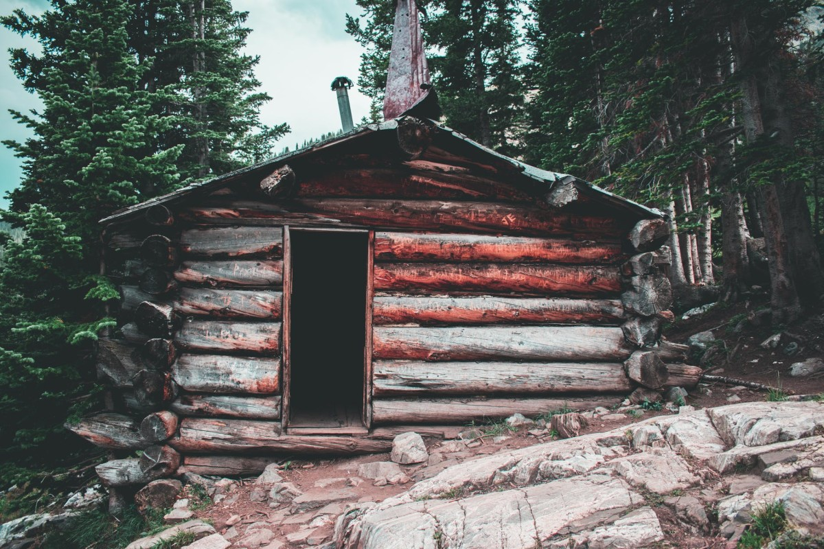 This cabin is not old, just sturdy.