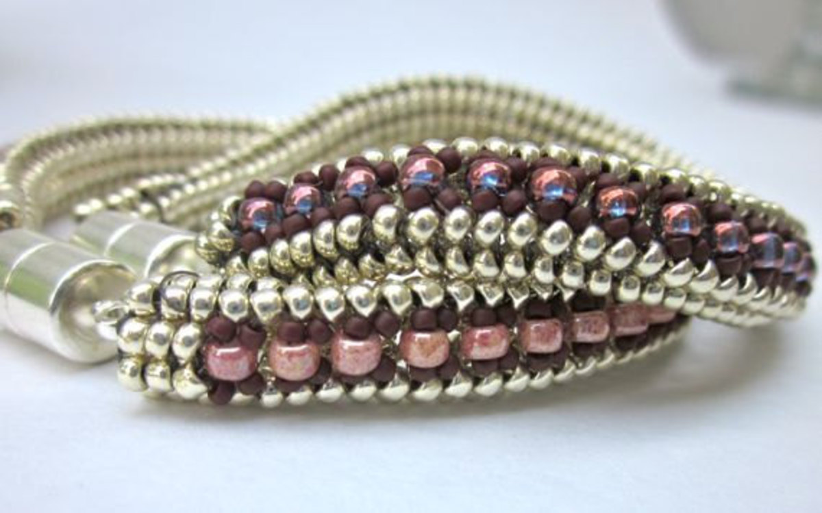 Beaded Bracelet Herringbone Weave Silver Purple