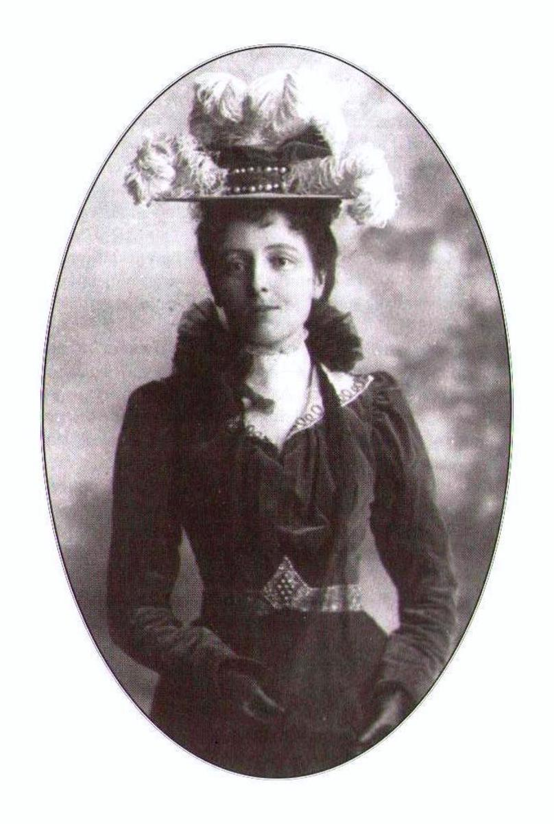 L. M. Montgomery c. 1889, 15 yrs old. A classical beauty of the time and cause of much male interest.
