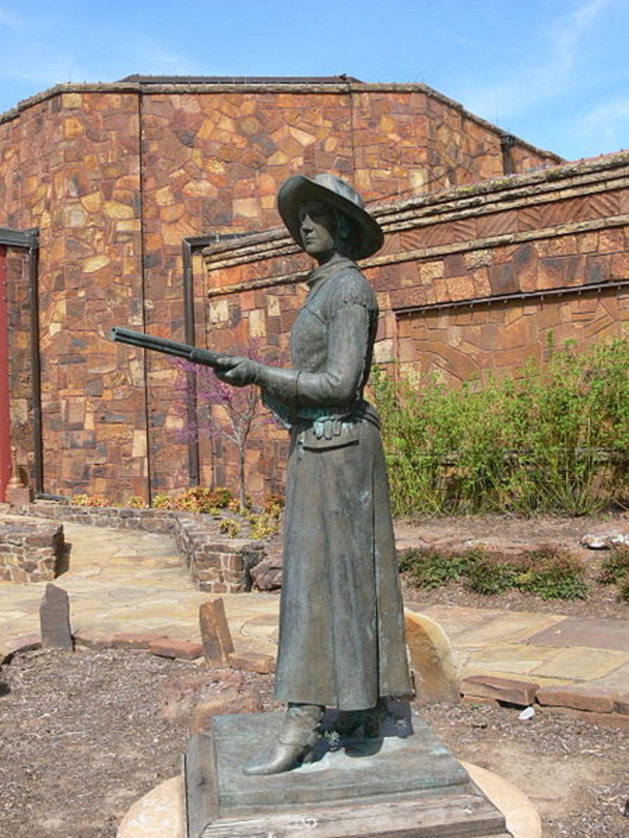 Belle Starr is memorialized in a statue in Woolaroc, Oklahoma.