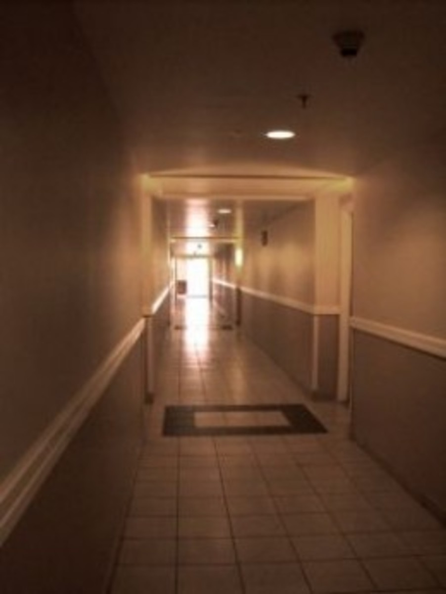 Villas hallway at the Kauai Marriott
