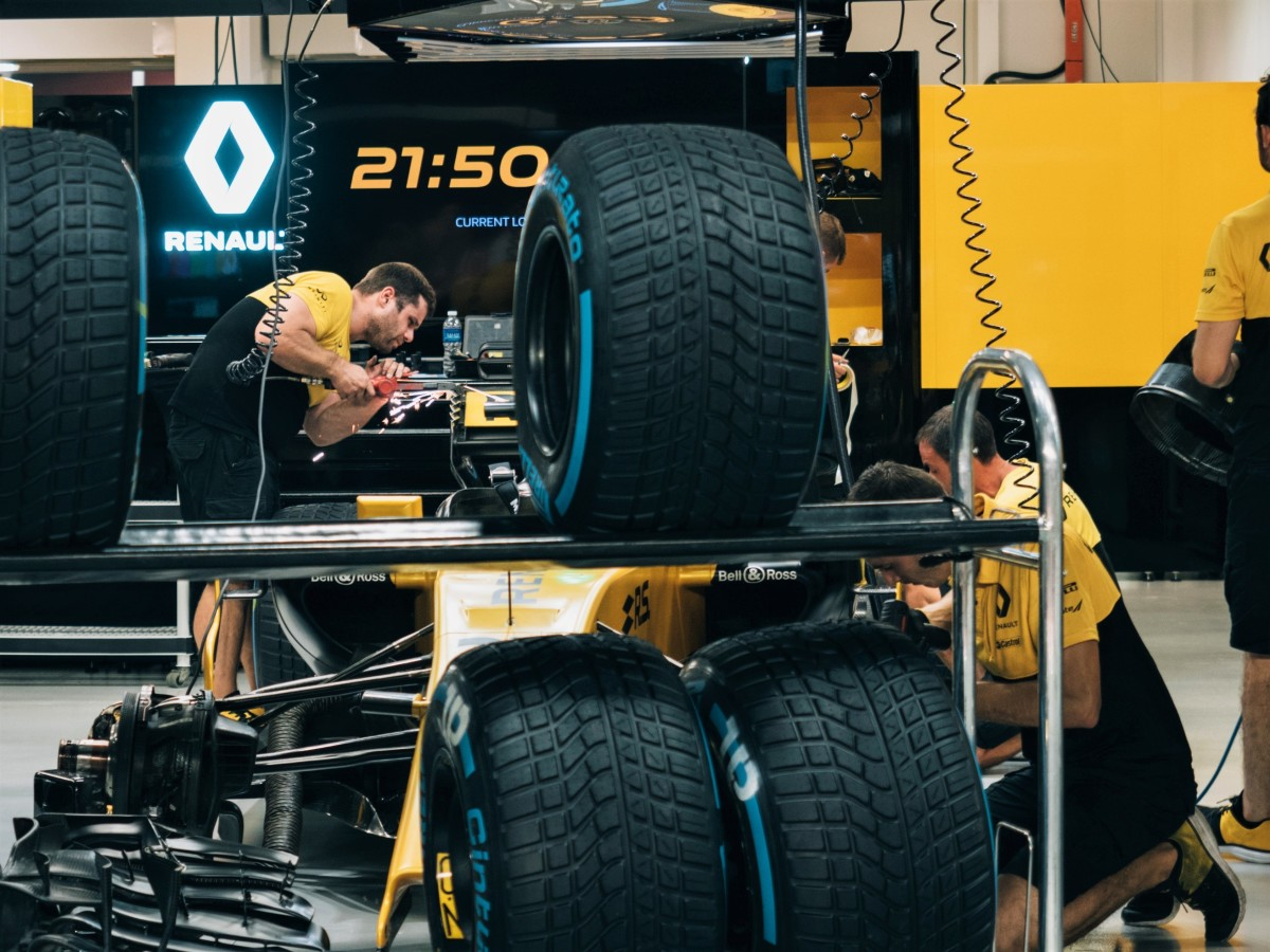 Renault F1 car is getting prepared before going out on track.