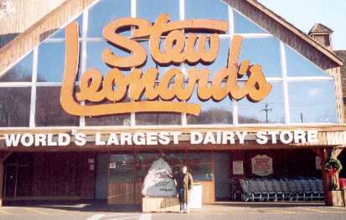 "Stew Leonard's billed as ""World's Largest Dairy Store."""