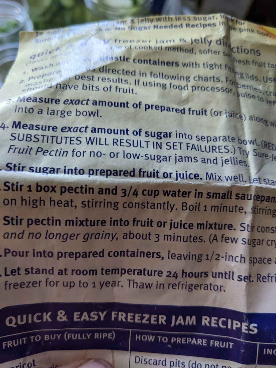 Instructions on Sure Jell container