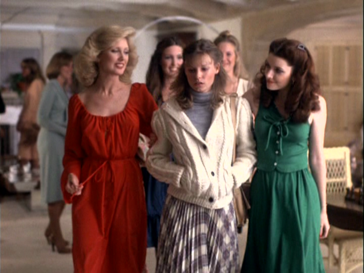 Making a mortal enemy, Jennifer Lawrence (Morgan Fairchild) ignores Sarah (Kay Lenz) while sister Patty (Morgan Brittany) climbs her way to the top of sorority society