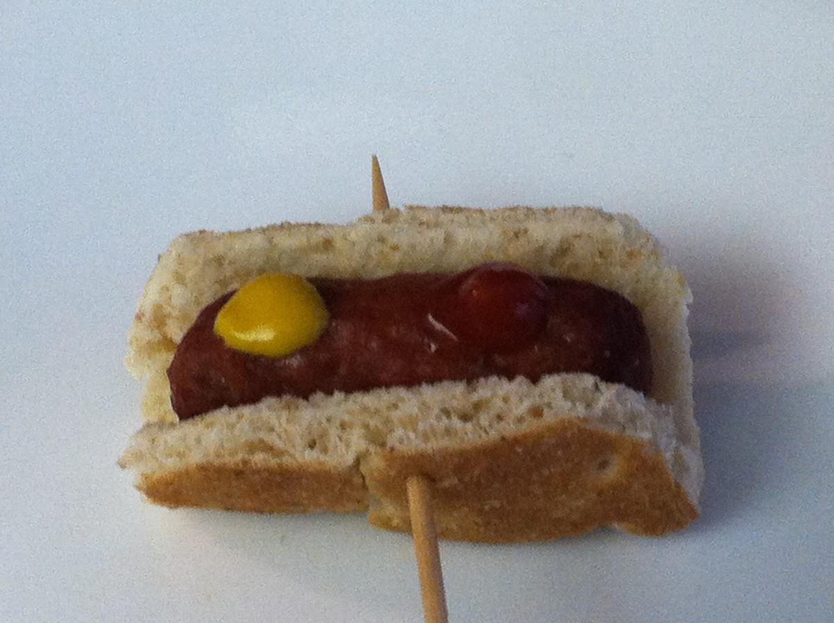 Tiny Hotdog