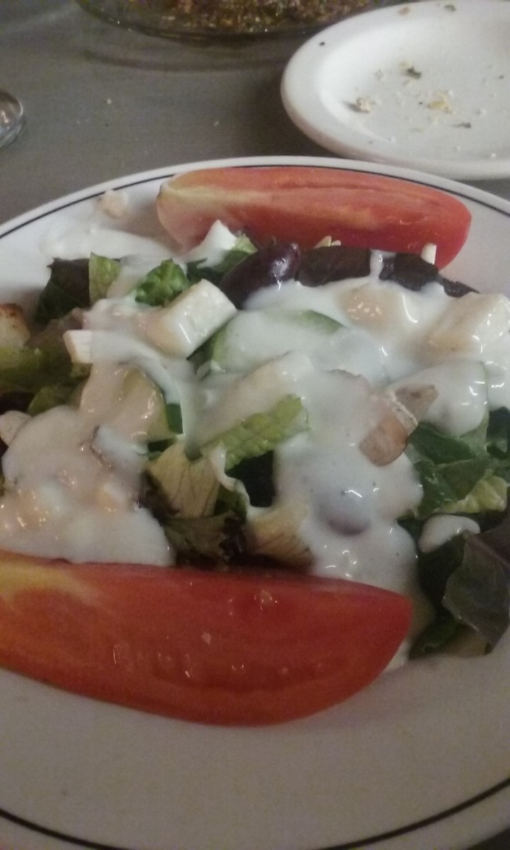 With fresh tomatoes and tasty dressing, this salad offered a robust taste.