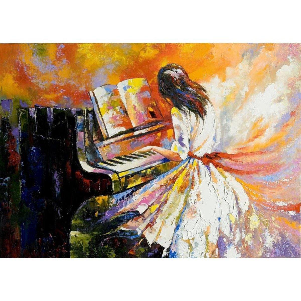 Girl Playing Piano | Pinterest