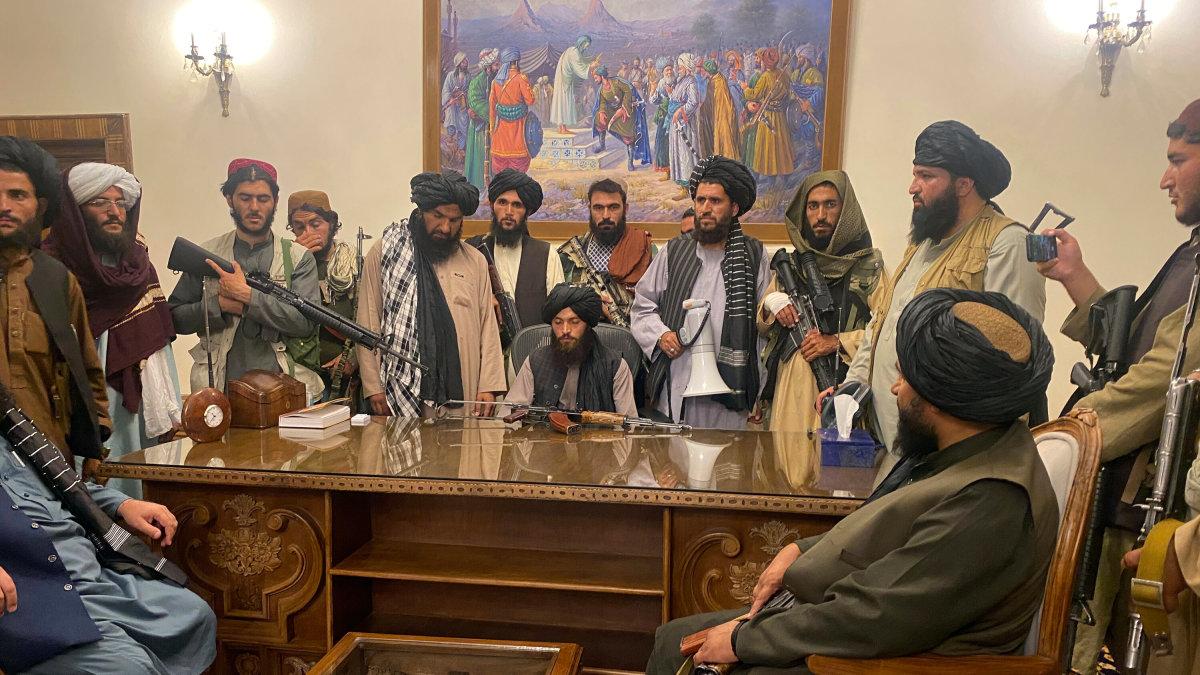 Taliban Inside Presidential Palace in Kabul