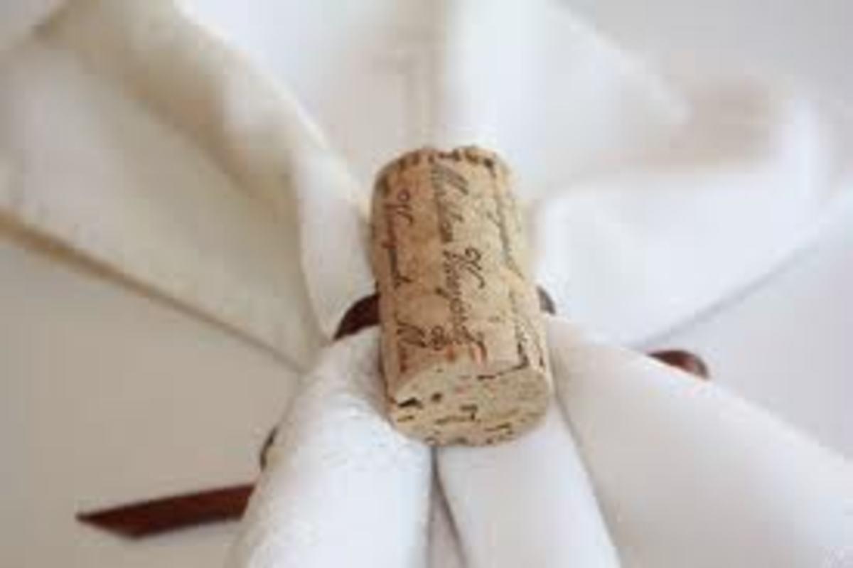 A single cork looks very nice as a napkin holder.