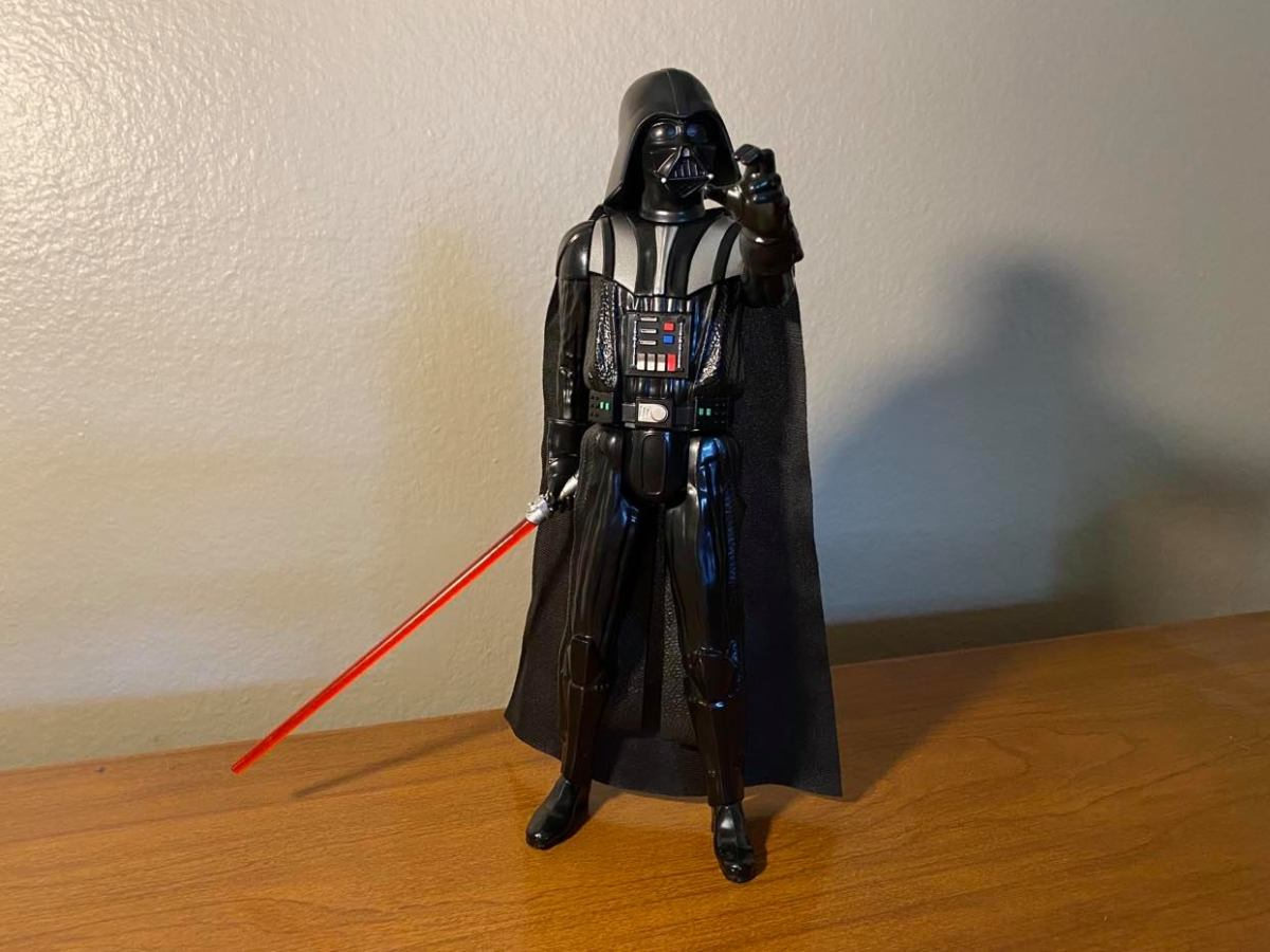 Vader always look so cool, and intimidating, but his Hero Series figure has no versatility!
