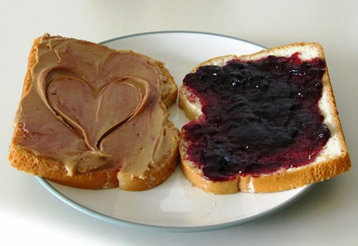 10 Ways to Make Peanut Butter and Jelly Sandwiches