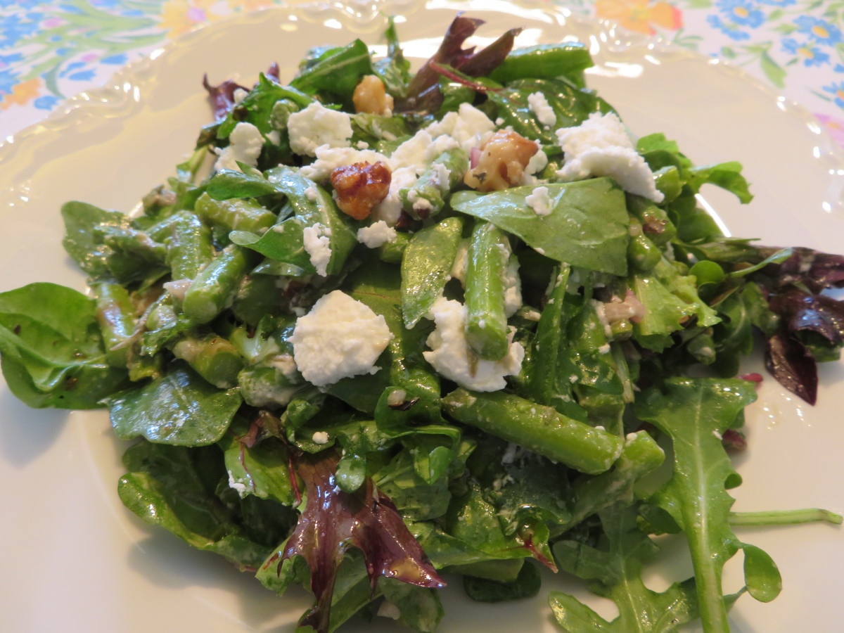 Asparagus and goat cheese salad with walnut oil dressing