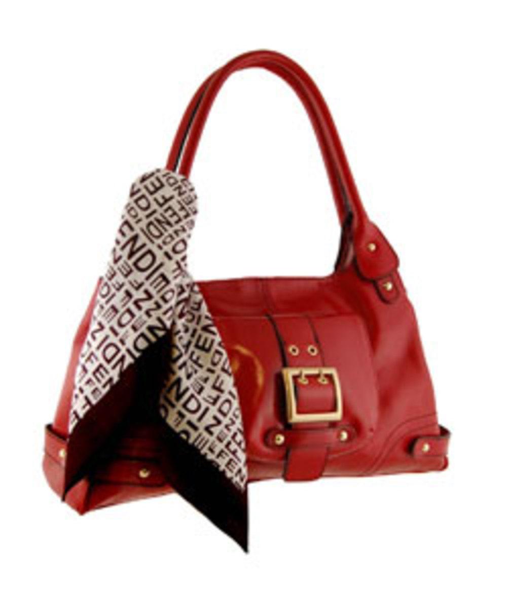 The preppy handbag look