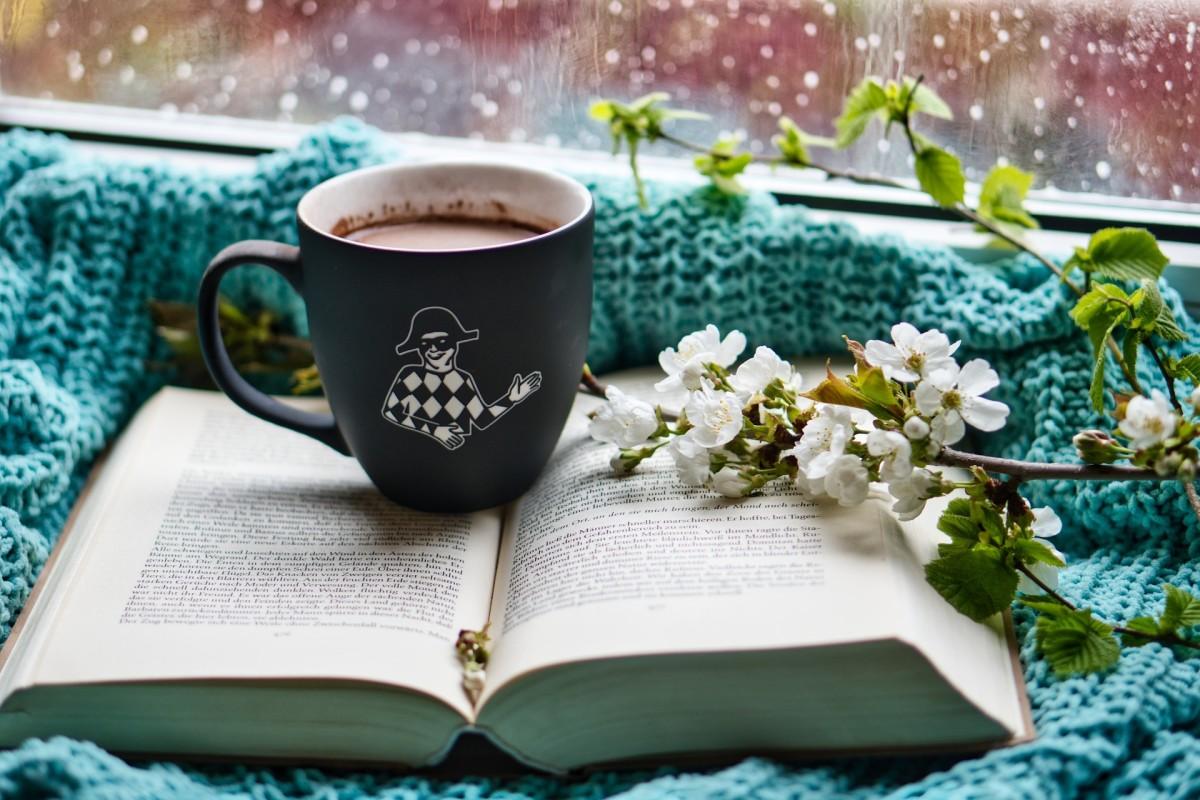 10 Sad Love Poems for Rainy Days