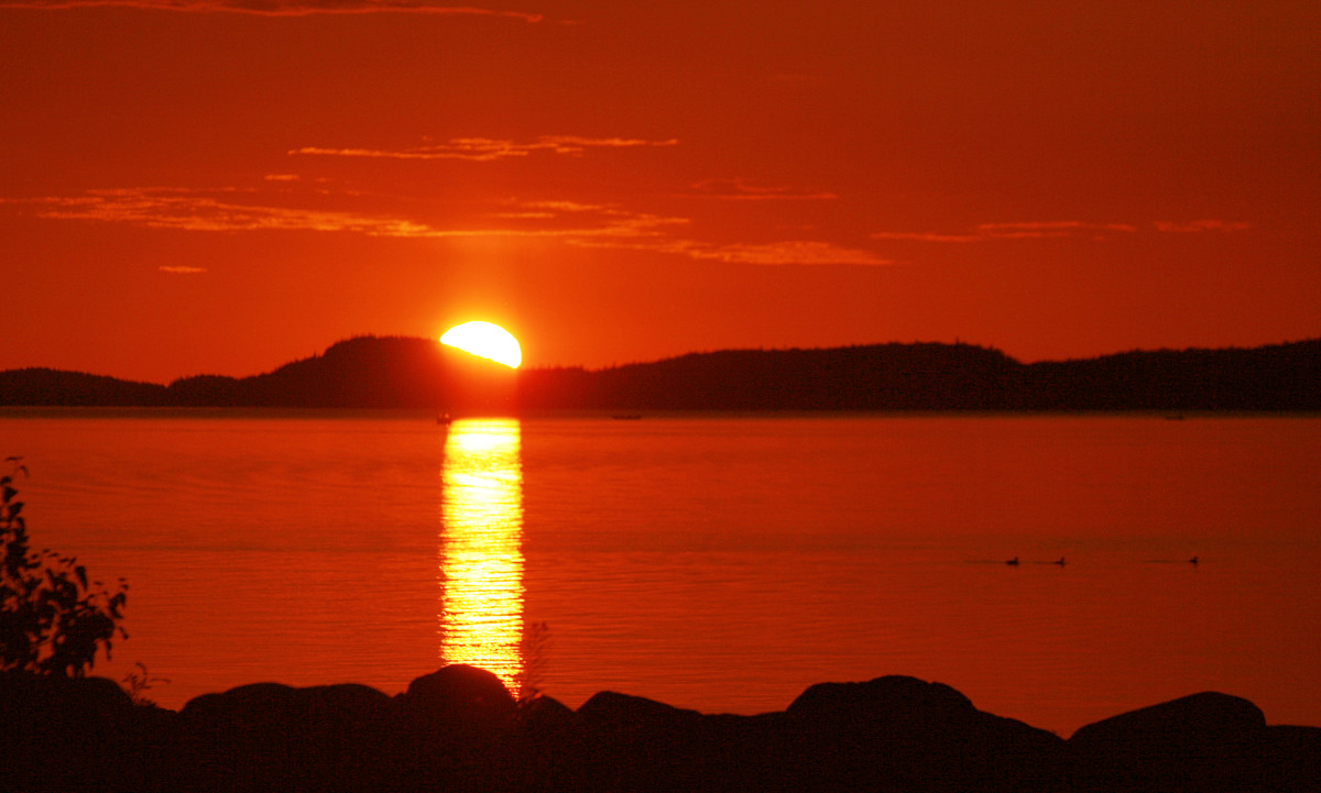 """Little Trout Bay, Ontario, Lake Superior.  Image courtesy """"clairity"""" and Wikimedia Commons."""