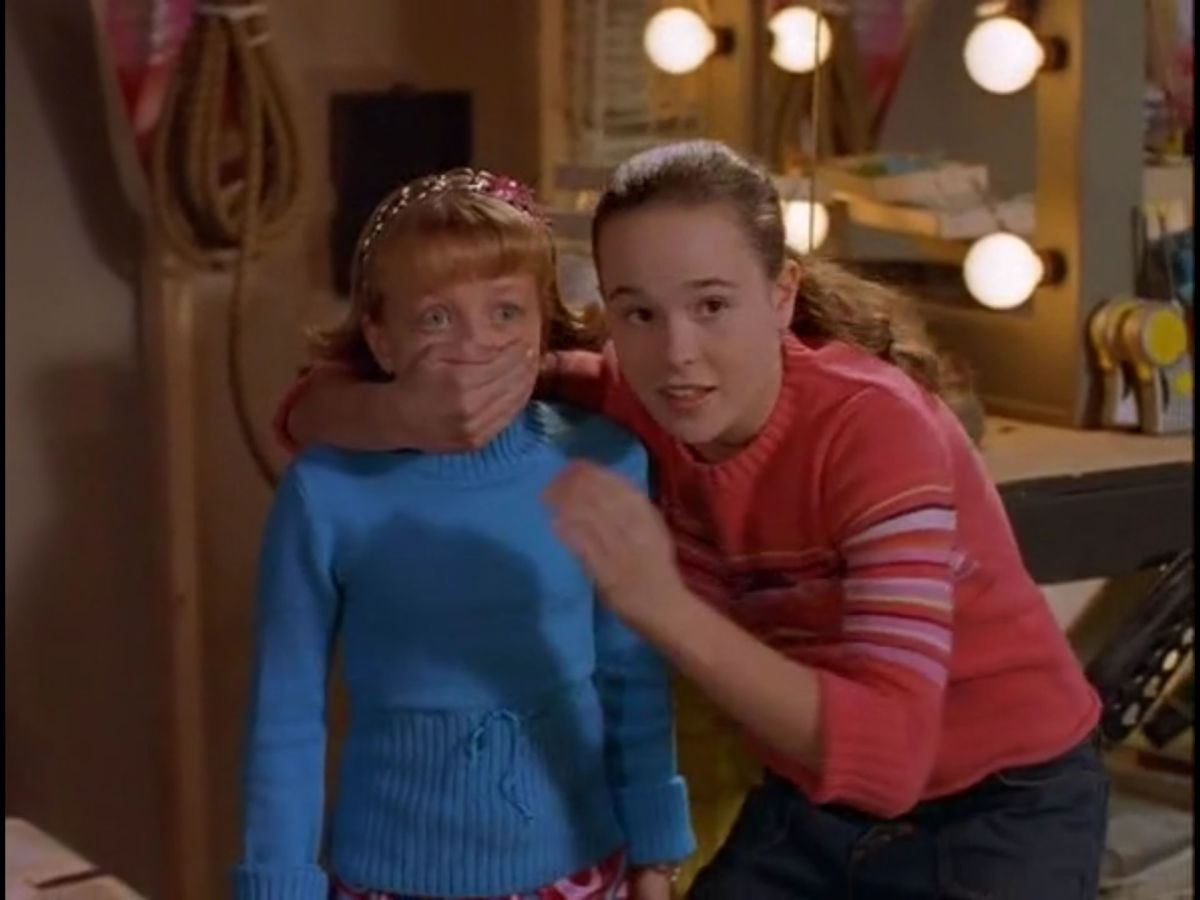 A young Elliot Page appears in this Canadian children's Halloween movie about what can go wrong while surfing the web.
