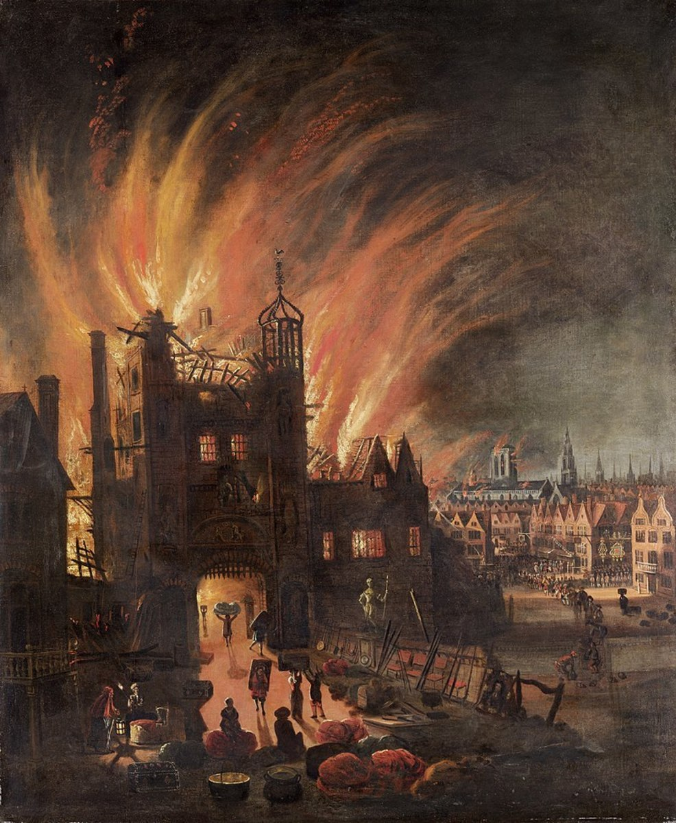 Ludgate and St. Paul's Cathedral burning.