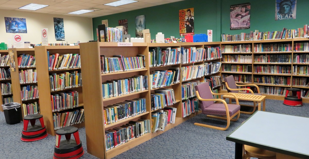 Youth reading area in Bellaire City Library
