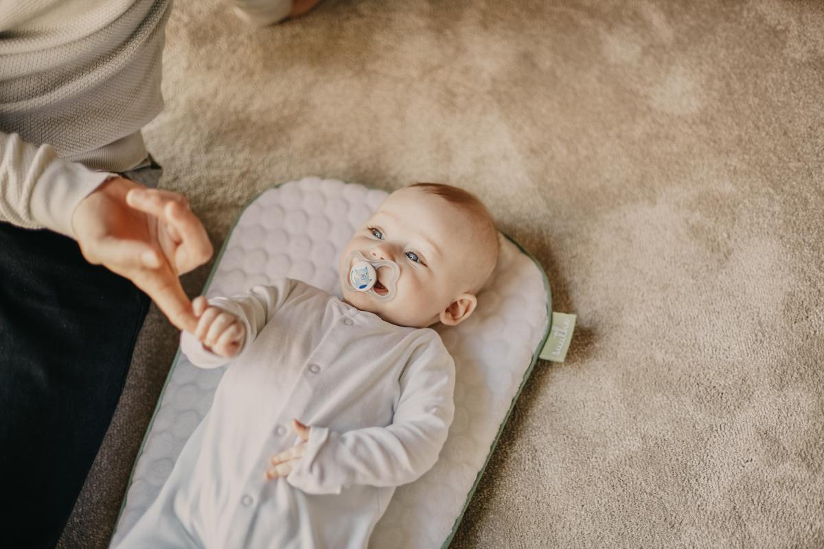 6-unnecessary-baby-products-that-are-actually-super-helpful