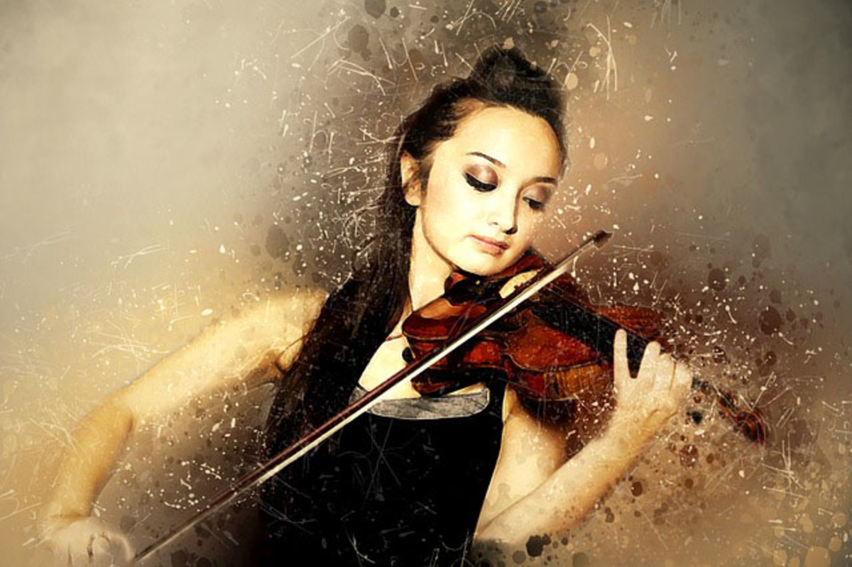 Solo violinist or performing artist.