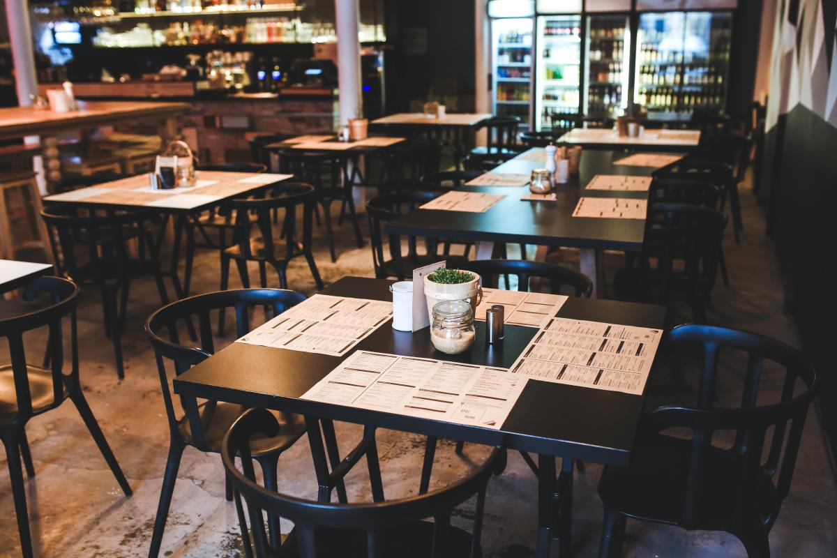5 Changes COVID Brought to Restaurants That Should Stay