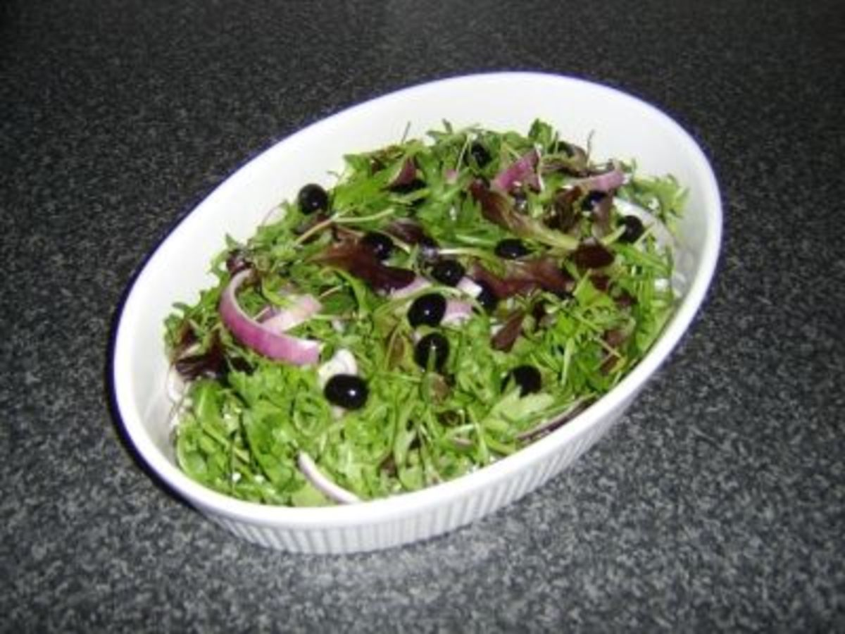 Salad ready for the Smoked Salmon