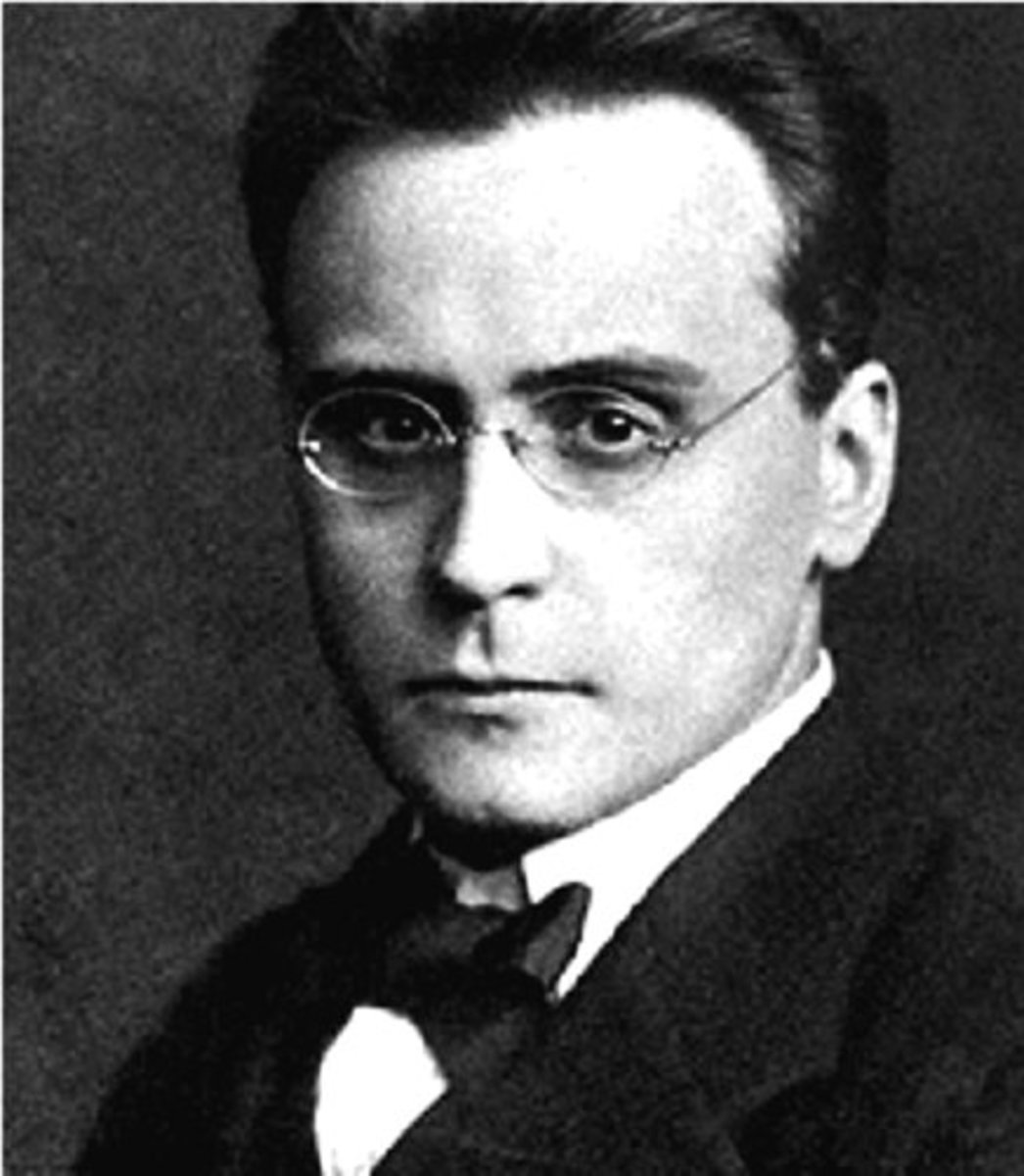 Photograph of Webern, 1912.
