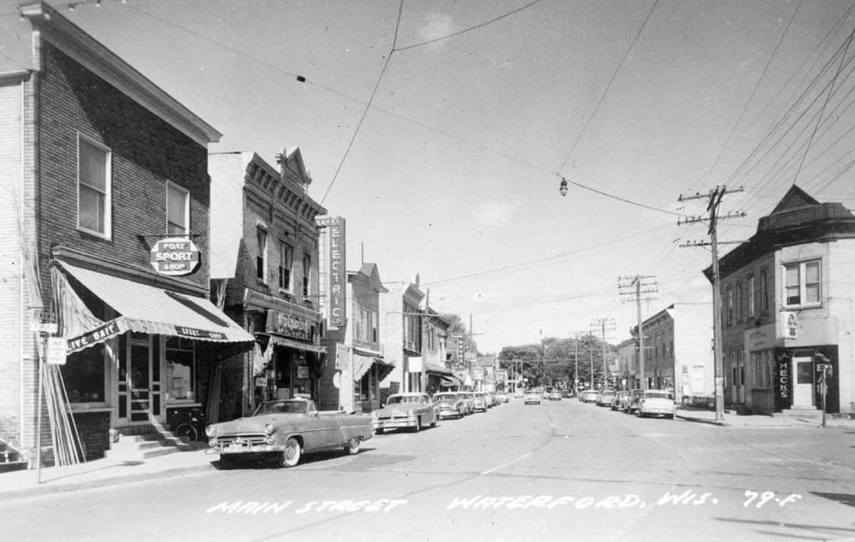 Main Street in Waterford in the 1950s