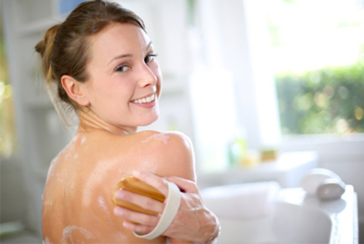Exfoliating the back not only helps to resolve back acne, but also makes skin look healthier and glowing.  Just be sure to gently rub rather than scrubbing the affected back area.