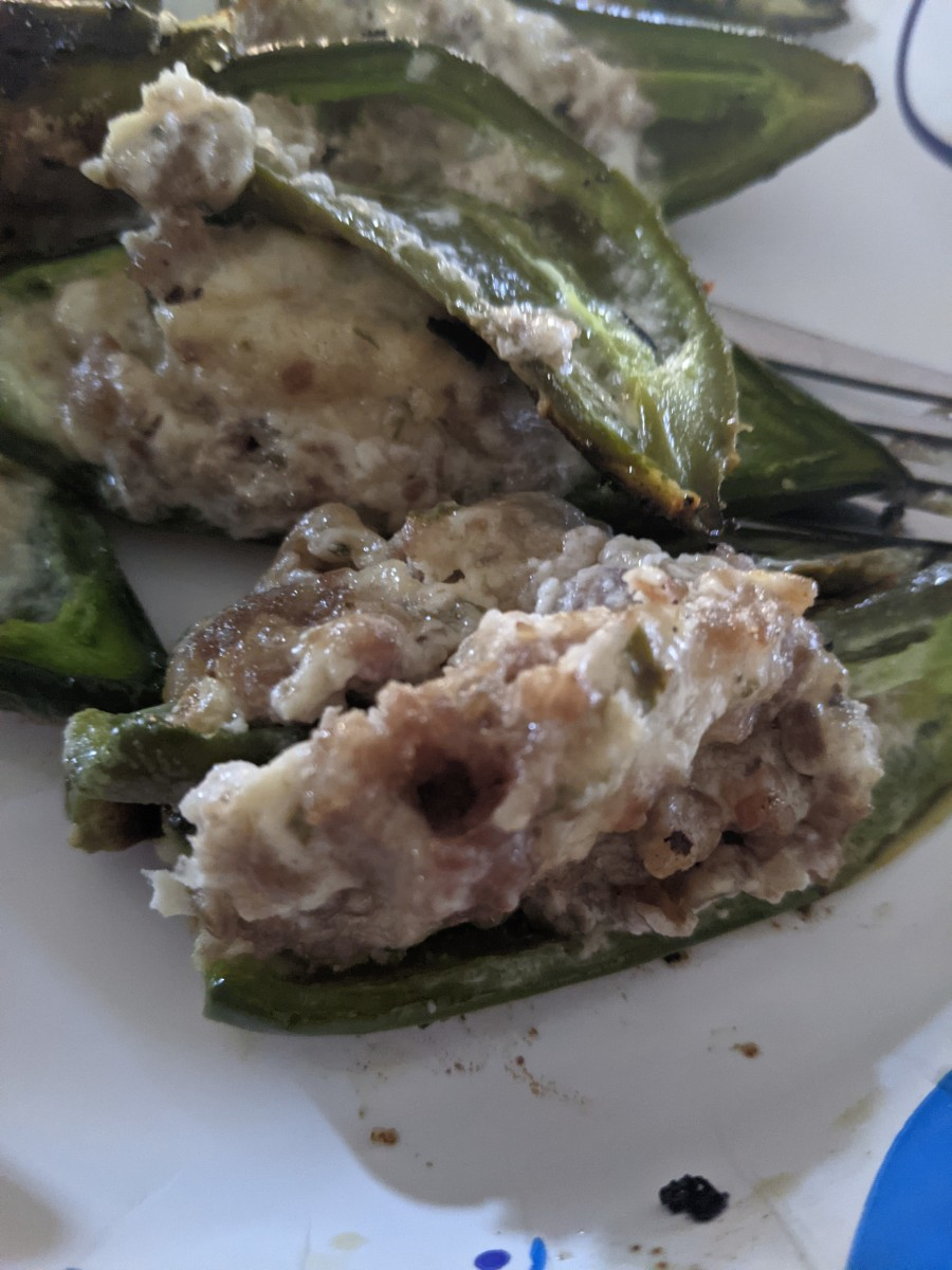 jalapenos-grilled-with-fried-sausage