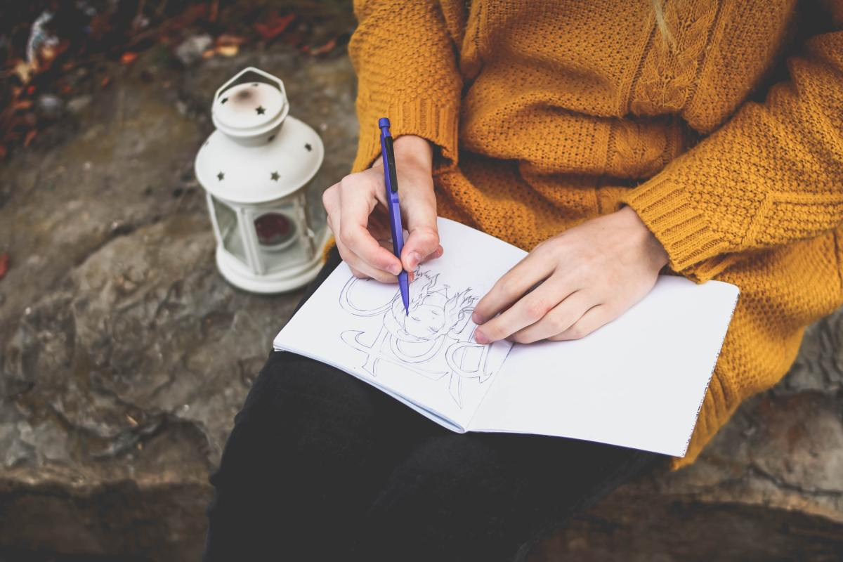 How a Sketchbook Helps You in Dealing with Stress