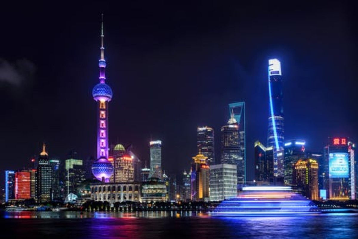 A Critical Look at the Chinese Economy