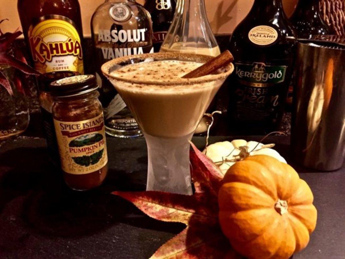 autumn-cocktails-for-spooky-season